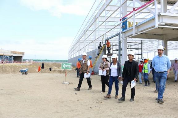 2000 PUESTOS DE TRABAJO EN EL DISTRITO DE NUEVO CHIMBOTE CON LA CONSTRUCCIÓN DEL CENTRO COMERCIAL REAL PLAZA, AFIRMA ALCALDE VALENTÍN FERNÁNDEZ.