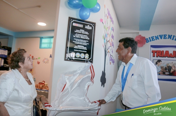 """Alcalde de Nuevo Chimbote apadrina Centro de Salud Mental """"Nuevo Puerto"""""""